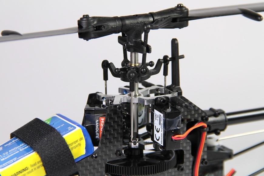 07-Blade-180-CFX-Micro-3D-Helikopter-Hauptrotorkopf-Servos.jpg