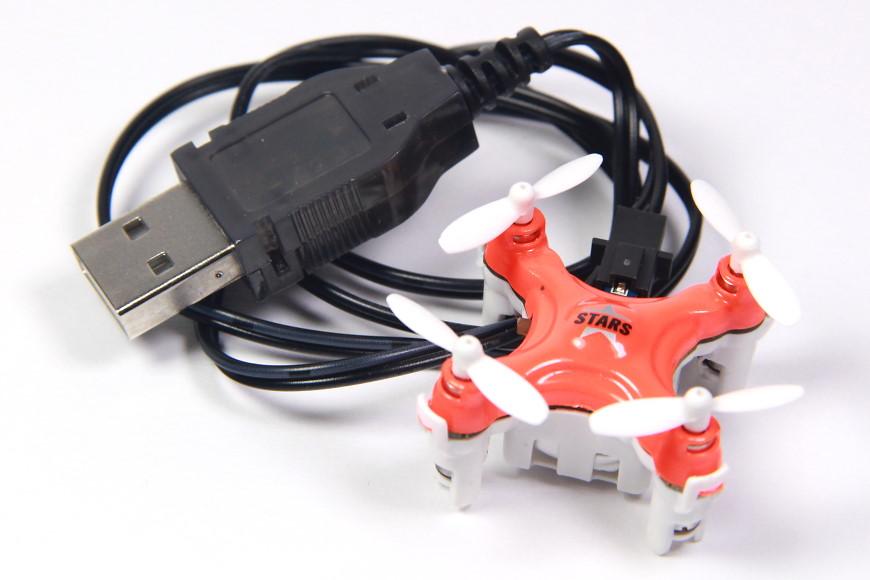 Cheerson CX-STARS: Zusammen mit USB-Ladekabel